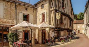 Nanteuil en Vallee - France