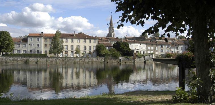 Confolens France