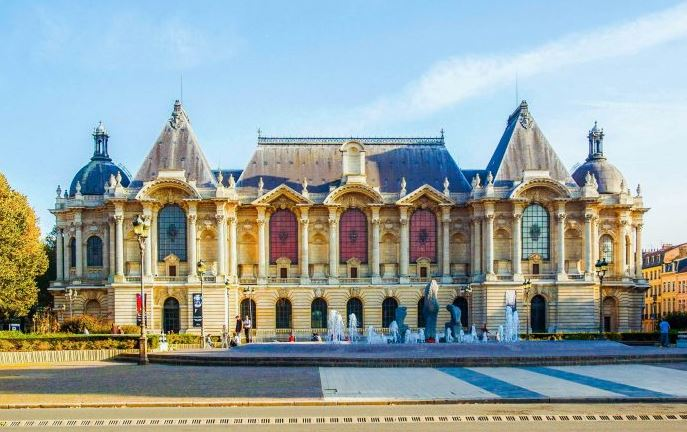 What Things To Do In Lille France Best Of Interest Restaurants Hotels Europe Train Station Food University Apartments Real Estate To Rent WW1